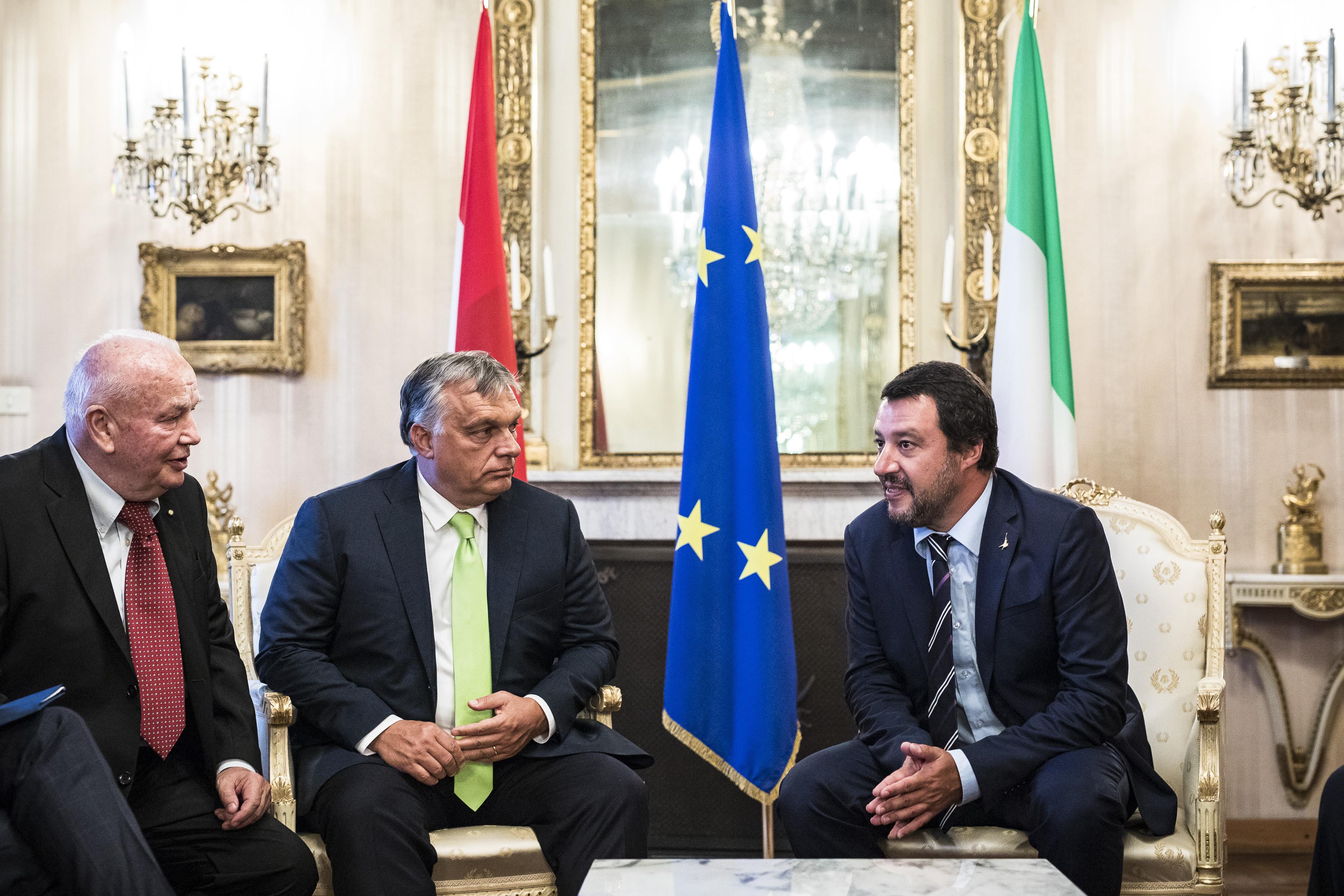 Premierul Viktor Orbán şi Ministrul de Interne al Italiei, Matteo Salvini. (foto www.kormany.hu)