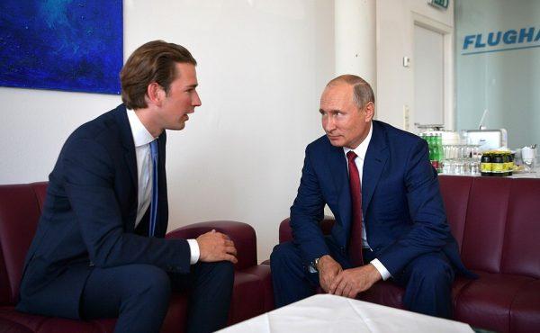 Vladimir Putin şi cancelarul austriac Sebastian Kurz -august 2018 (en.kremlin.ru)