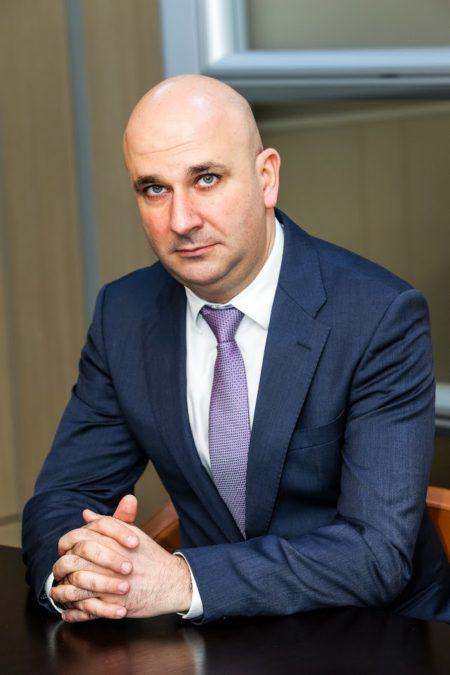 """Bogdan Badea: """"Consider că s-a facut un pas foarte important înspre normalitate și înspre o realitate pentru care Hidroelectrica luptă de mulți ani și pe care o dorește definitivă – piața liberă de energie""""."""