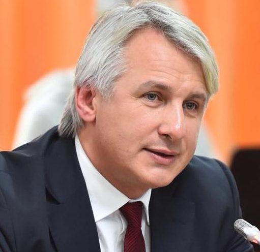 Cetățenii sunt protejați împotriva eventualelor dificultăți cu care s-ar putea confrunta băncile, a declarat Eugen Teodorovici, ministrul finanțelor din România.