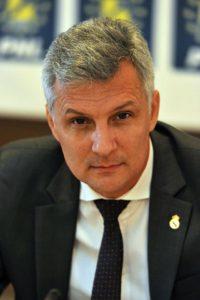 Senatorul Daniel Zamfir.