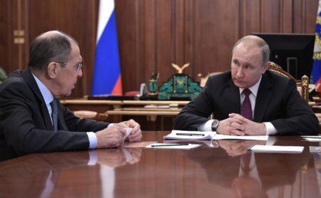 Serghei Lavrov şi Vladimir Putin (http://en.kremlin.ru)