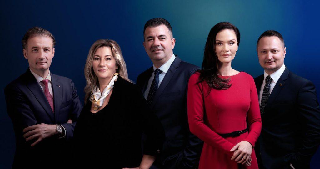 Directoratul Transelectrica, de la stânga la dreapta: Adrian SAVU, Claudia ANASTASE, Marius CARAȘOL, Andreea FLOREA, Constantin SARAGEA
