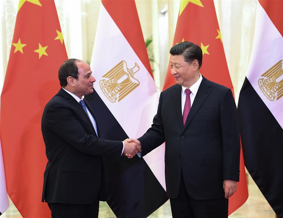 Președintele chinez Xi Jinping (R) s-a întâlnit cu președintele egiptean Abdel-Fattah al-Sisi. www.brfmc2019.cn