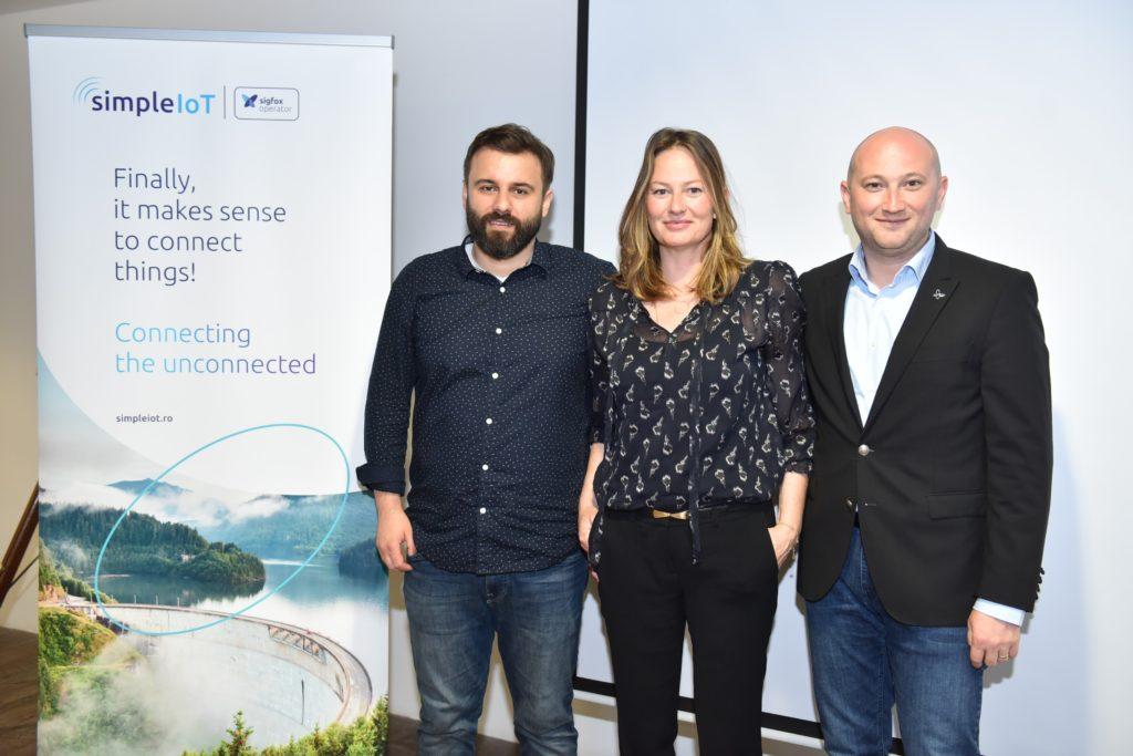 Dan Vlad (CEO Simple IoT) Emma Park (VP Europe Sigfox) si Silviu Neghina (Country Director Eastern Europe Sigfox)
