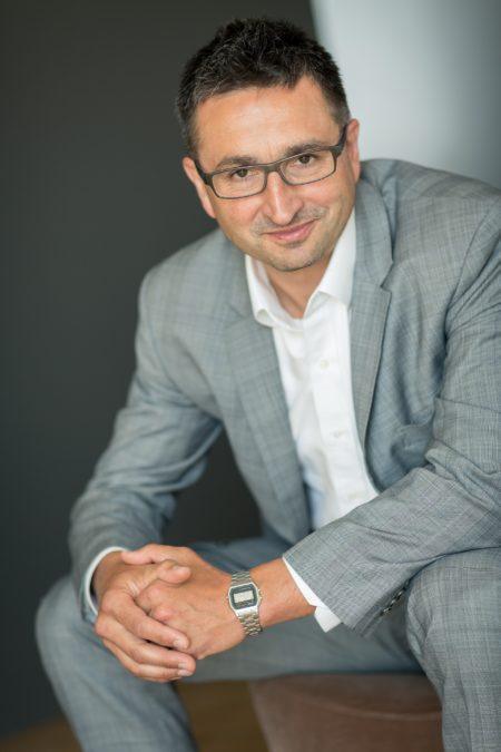 După un mandat de 7 ani în România, CEO Michal Szczurek va prelua o nouă poziție în grupul ING, urmând să gestioneze divizia de retail ING Asia.