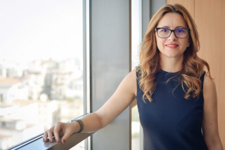 Nadia Badea, partener Clifford Chance și coordonatorul ariei de practică M&A din cadrul biroului de la București