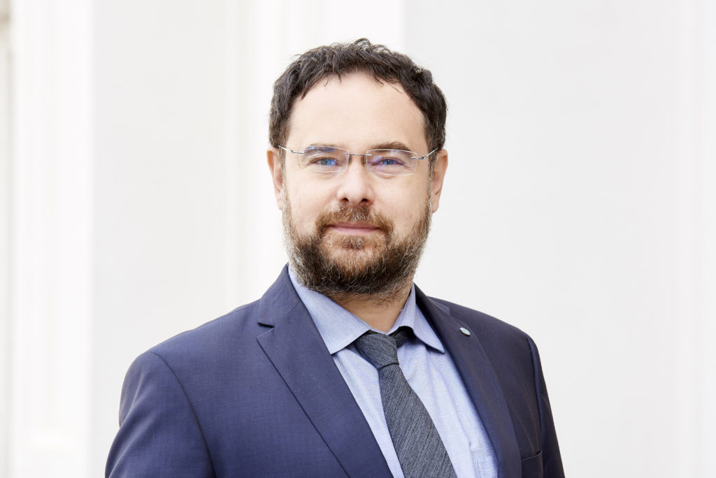 Adrian Codirlasu, CFA