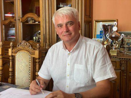După centralizarea tuturor secţiilor de votate din oraşul Şimleu Silvaniei, actualul primar, independentul Septimiu Ţurcaş, susţinut de PNL, a câştigat detaşat alegerile, cu circa 64% din sufragii.
