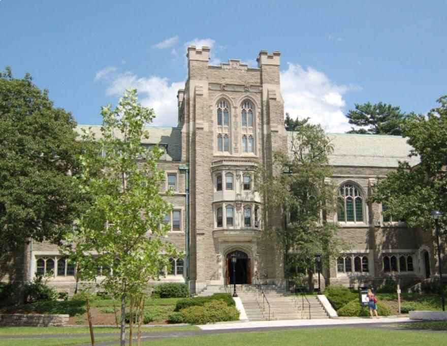 Harvard University se află pe primul loc.