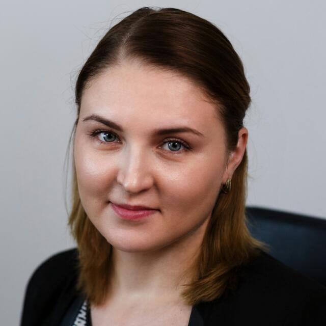 Ana Maria Gherasim, Sales Manager Eturia