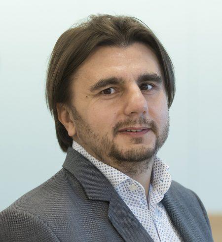 Bogdan Vaduva kpmg