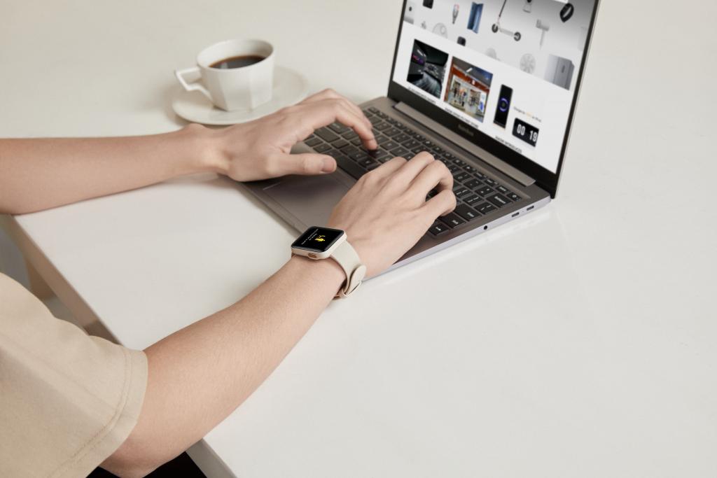Mi Watch Lite se lansează pe piata din România