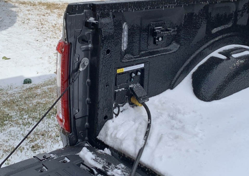 camionete hibrid Ford F-150 generator texas