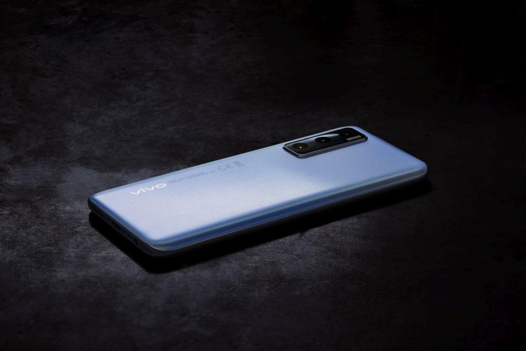 smartphone vivo Y70 lansare Romania emag telefoane