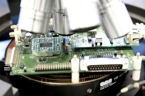 semiconductori chipuri