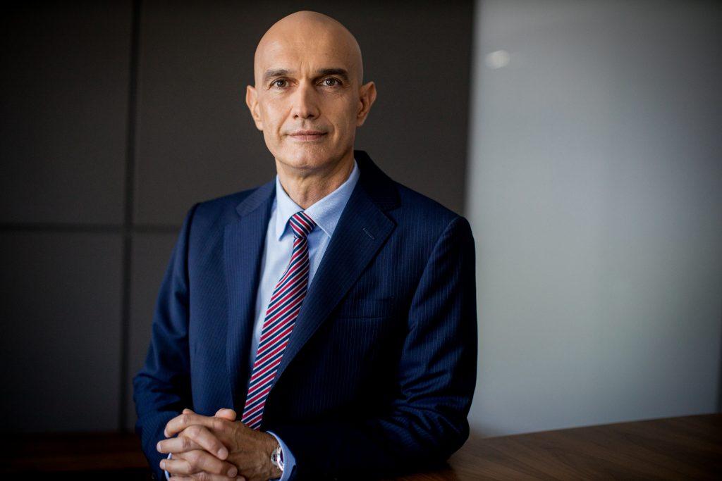 interviu Vladimir Kalinov Vicepresedinte Raiffeisen Bank CSALB amanarea ratelor la banci negociere