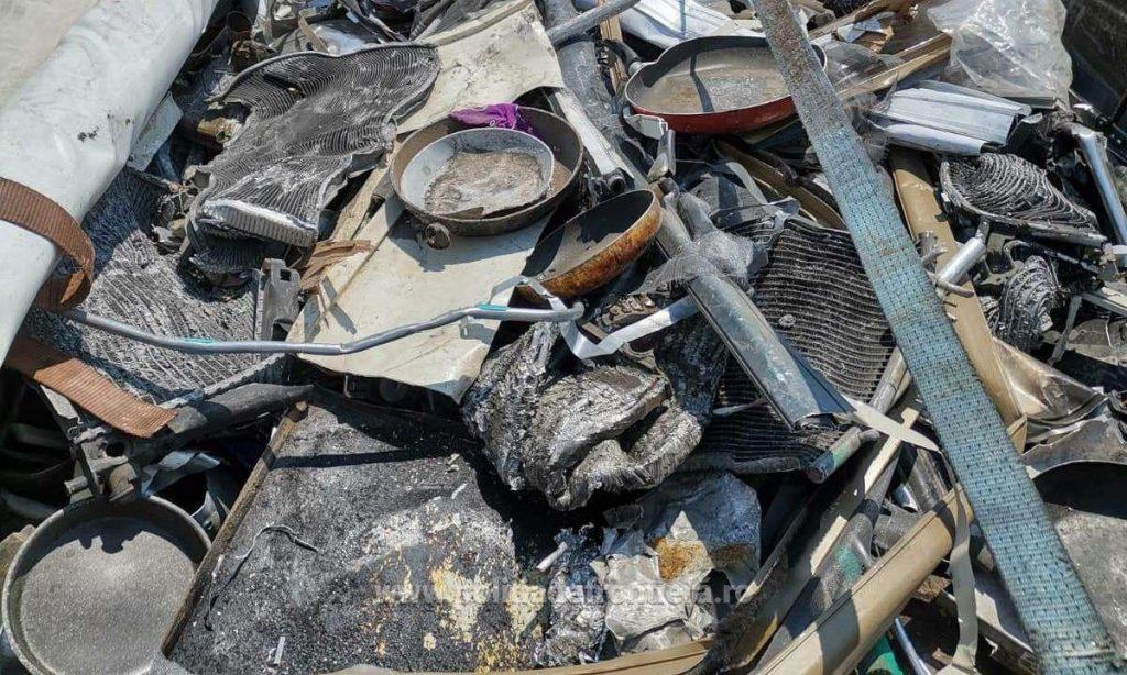 Giurgiu: 16 tone de deşeuri din aluminiu din Italia, oprite la graniţă