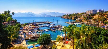 Altex România lansează Altex Travel, în parteneriat cu touroperatorul Karpaten Turism