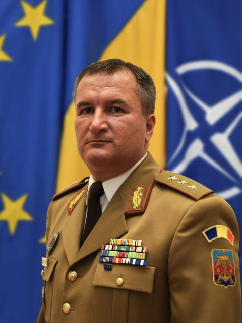 Şeful Statului Major al Apărării, generalul-locotenent Daniel Petrescu