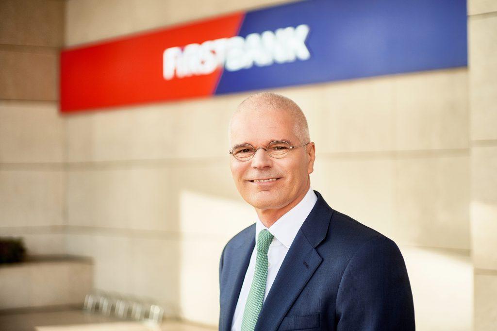 Profit net de peste 10 milioane euro, pentru First Bank, în primul semestru din 2021