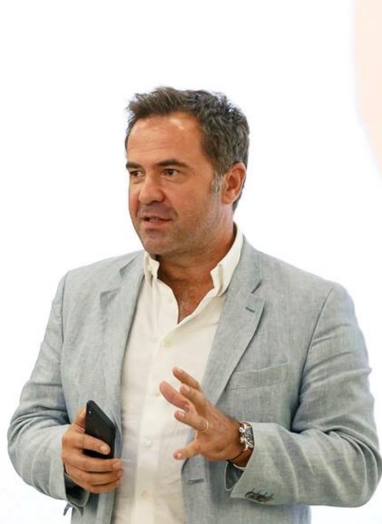 Radu Manolescu, fondator K.M. Trust and Partners